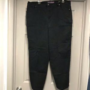 Black 18W Gloria Vanderbilt Pants/Jeans